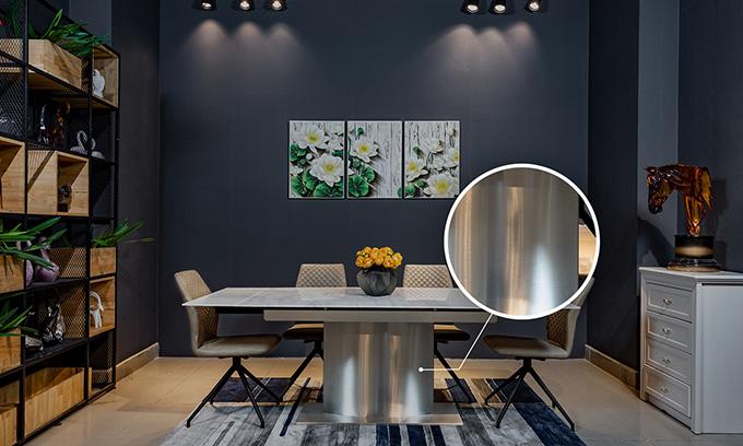 Thân bàn làm bằng inox 304 bền đẹp