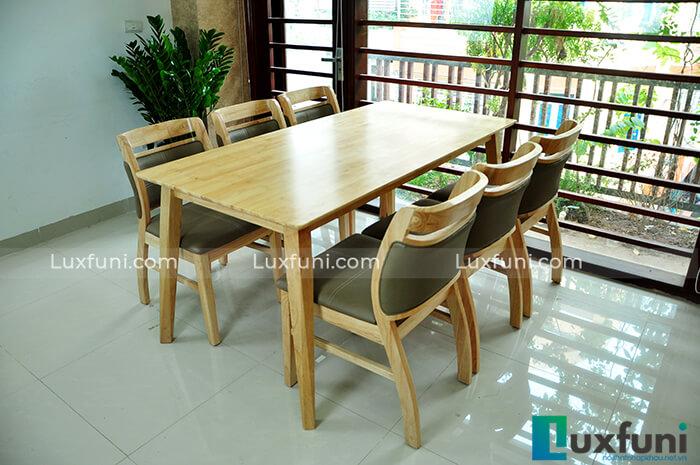 15+ Mẫu bàn ăn gỗ sồi cao cấp đẹp mê li-01