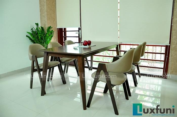 Tham khảo 5 mẫu bàn ăn đẹp bằng gỗ tự nhiên-1