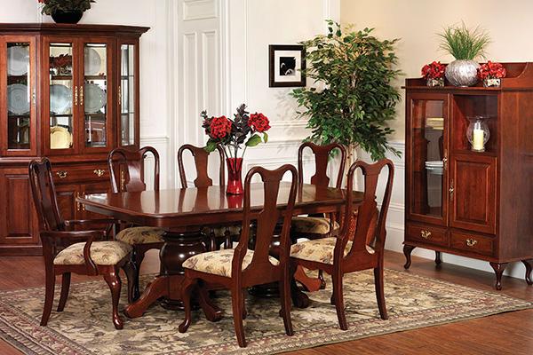 Trải nghiệm phong cách hoàng gia với bàn ghế ăn cổ điển -1