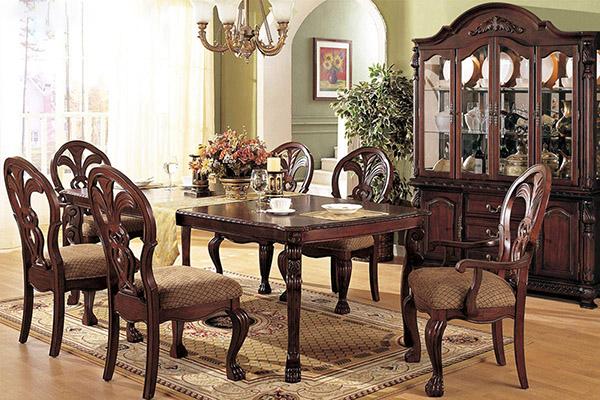 Trải nghiệm phong cách hoàng gia với bàn ghế ăn cổ điển -3