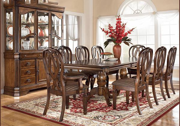 Trải nghiệm phong cách hoàng gia với bàn ghế ăn cổ điển -5