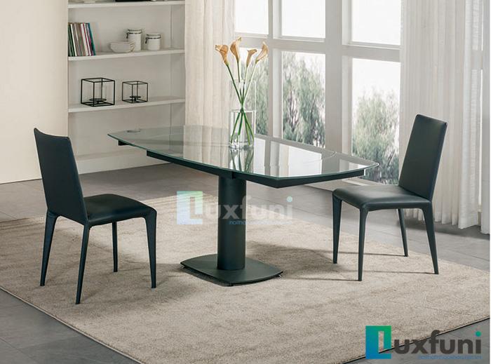 Bộ bàn ghế inox mặt kiếng giá bao nhiêu trên thị trường hiện nay