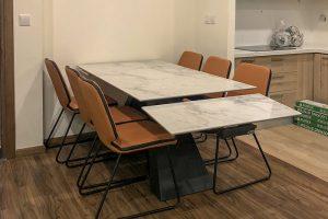Ghế ăn D111 kết hợp bàn ăn T839 mặt đá-Anh Tuấn-Tòa Golden Palm, Chung cư 21 Lê Văn Lương