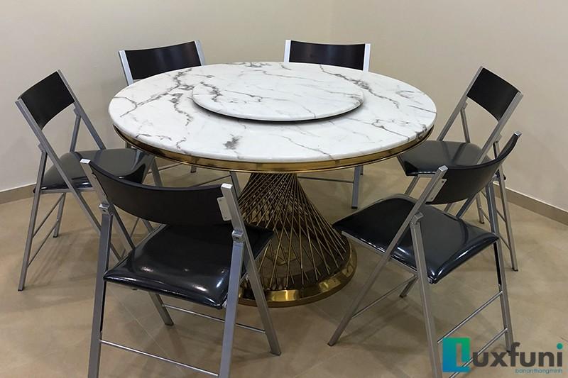 Hình ảnh thực tế bàn ăn mặt đá AG86-5