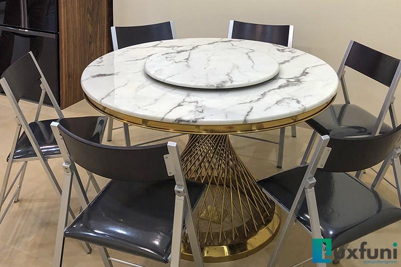 Hình ảnh thực tế bàn ăn mặt đá AG86-6