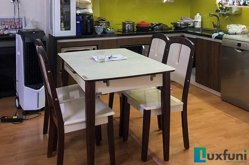 Hình ảnh thực tế bàn ăn thông minh bếp từ 870-1