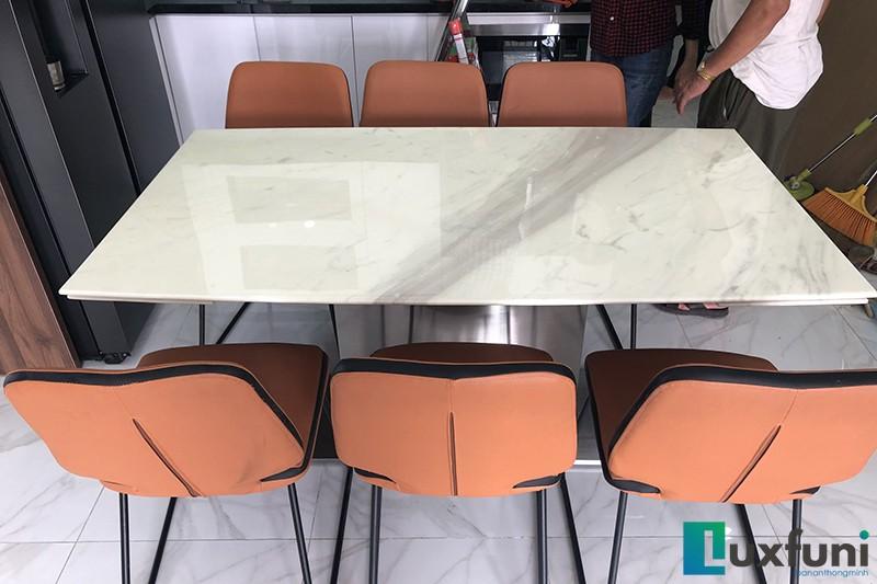 Hình ảnh thực tế bàn ăn thông minh mặt đá T809-12