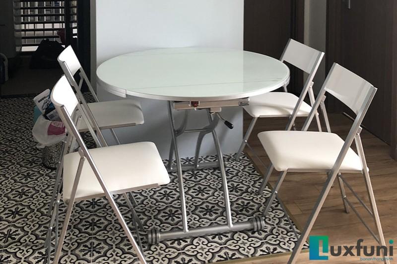 Hình ảnh thực tế bàn ăn thông minh mở rộng-nâng hạ B2252-1