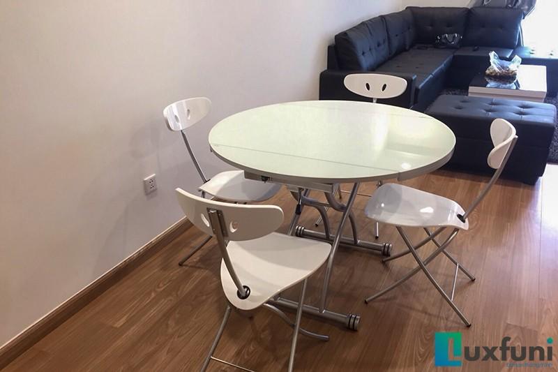 Hình ảnh thực tế bàn ăn thông minh mở rộng-nâng hạ B2252-10