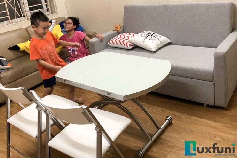 Hình ảnh thực tế bàn ăn thông minh mở rộng-nâng hạ B2252-5