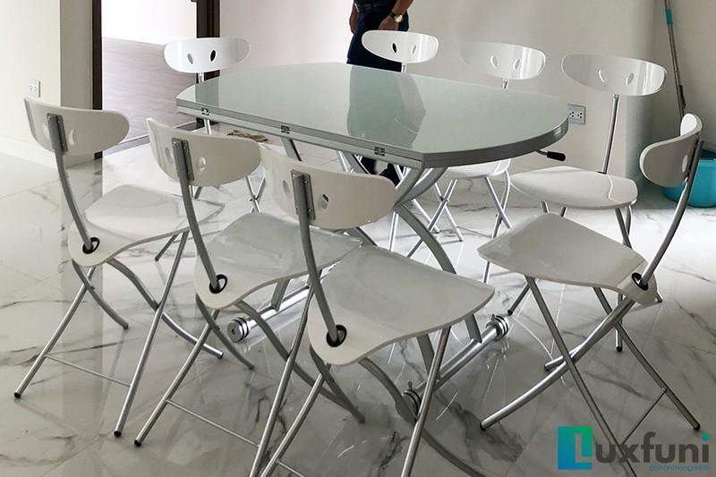 Hình ảnh thực tế bàn ăn thông minh mở rộng-nâng hạ B2252-6