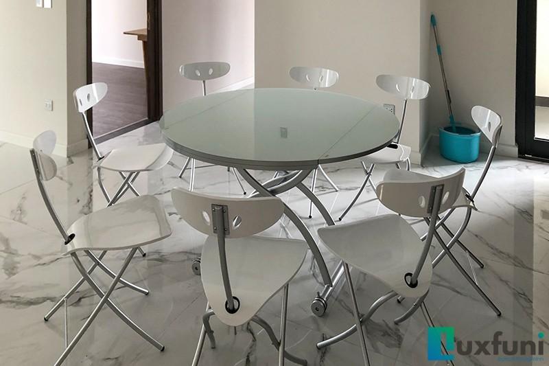 Hình ảnh thực tế bàn ăn thông minh mở rộng-nâng hạ B2252-8