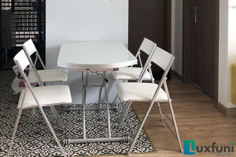 Hình ảnh thực tế bàn ăn thông minh mở rộng-nâng hạ B2252