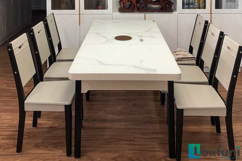 Khung bàn bằng gỗ cao cấp