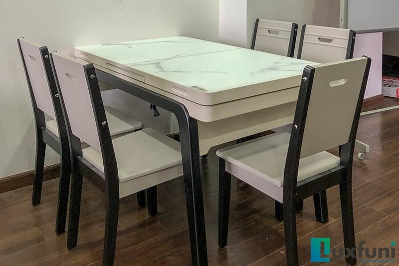 Hình ảnh bàn ăn tích hợp bếp từ T1958-3 khi được thu gọn khi không sử dụng bếp từ.