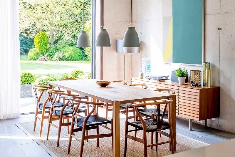 Những mẫu bàn ăn hiện đại mặt gỗ nâng tầm không gian bếp-1