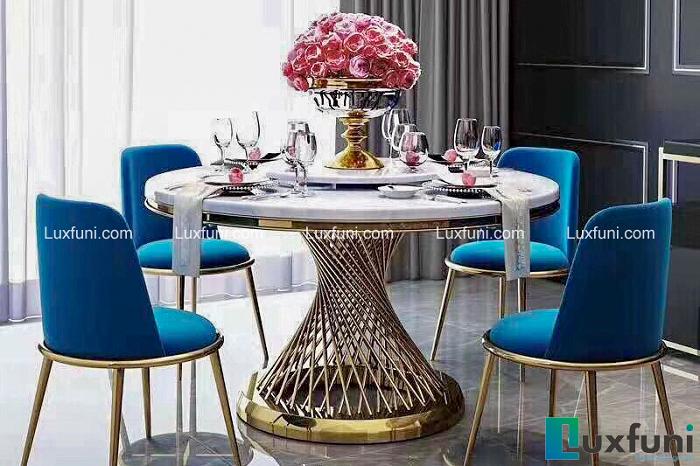 Những bộ bàn ăn 4 ghế nhỏ gọn, phù hợp với với nhiều gia đình hiện đại-1