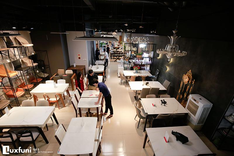 Báo chí nói về bàn ăn thông minh Luxfuni-3