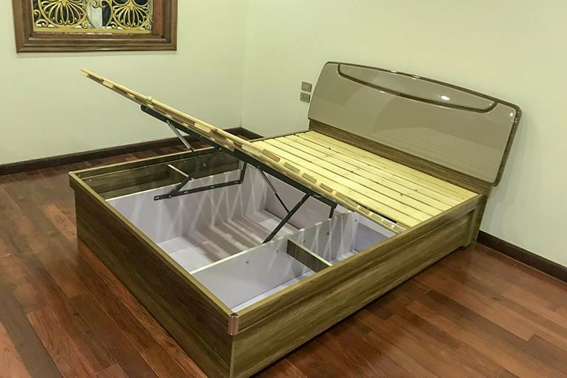 Giường ngủ hiện đại BOF 361 thanh lý-1