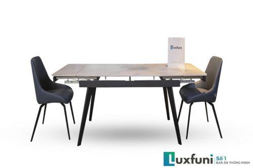 Kích thước bàn khi mở rộng hoàn thành 1,95m thích hợp từ 8-10 người sử dụng.