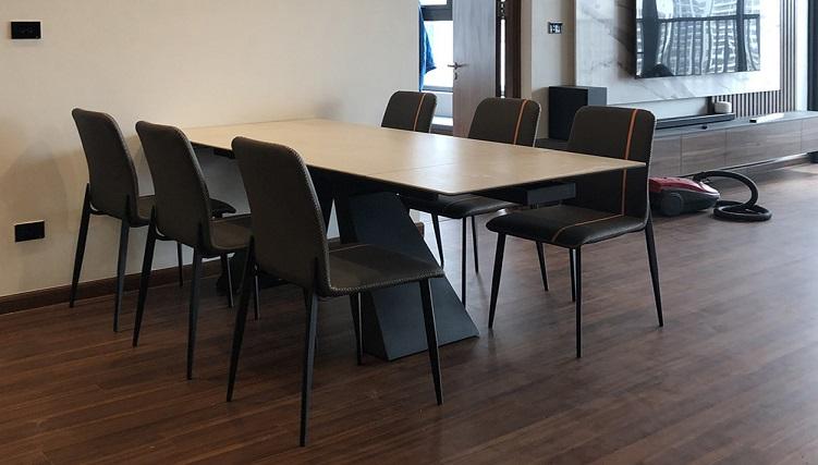 Bộ bàn ăn thông minh có thể mở rộng về 2 phía