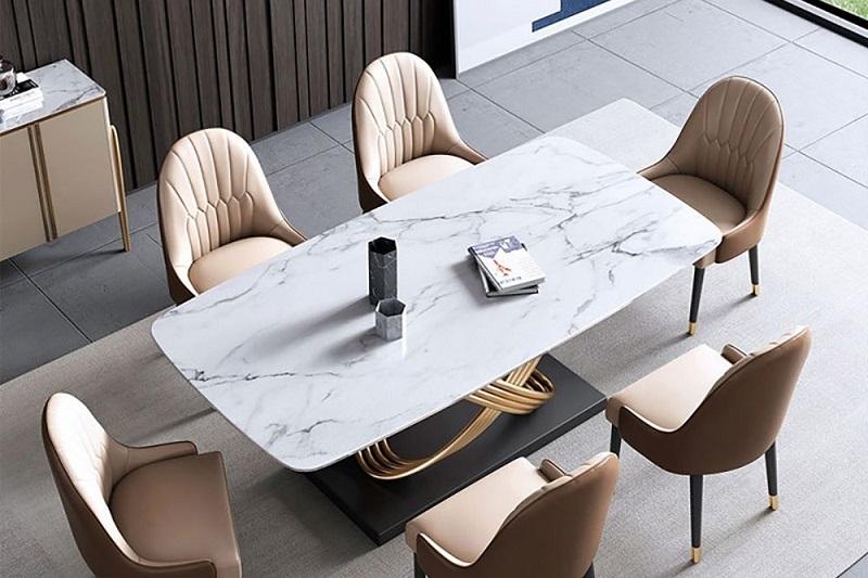 Khó có thể phân biệt được bàn làm bằng đá nhân tạo với bàn bằng đá tự nhiên