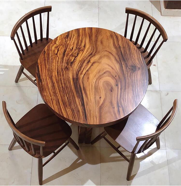 Bàn ăn 4 ghế gỗ nguyên tấm